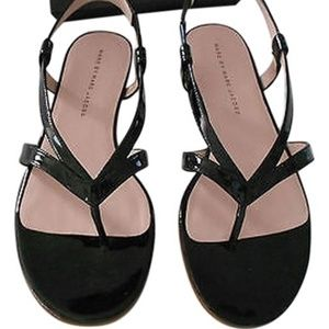 Marc By Marc Jacobs Black Patent Sandals thong